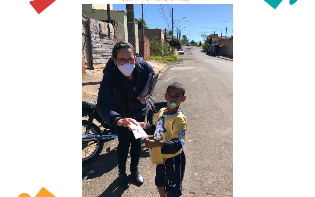 VISITA DOMICILIAR PARA ACOMPANHAMENTO FAMILIAR E ENTREGA DE ATIVIDADES.